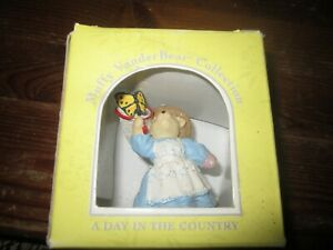 """Muffy VanderBear Collection """"A Day In The Country"""" NIP"""