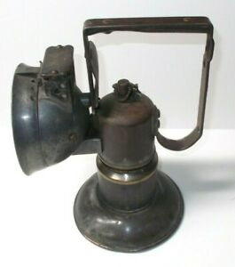 ANTIQUE DEW R LITE CARBIDE MINERS LAMP