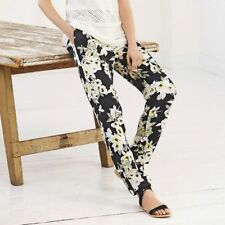 Polyester Tapered Capri, Cropped Trousers for Women