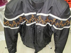 Motorradjacke Bikerjacke Damen gr.L mit Projektoren neuwertig
