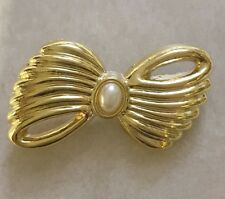 Vintage Signed AAJ ? GoldTone Faux Pearl Bow Pin AWESOME