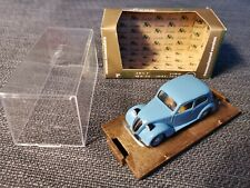 FIAT 508 C BERLINA 1100 HP32 1937-1939 1:43 BRUMM R30
