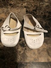 VINTAGE LEATHER BABY SHOES!