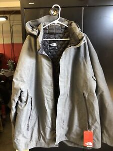 The North Face Men's Grey ThermoBall Trench Jacket Outdoor/Lifestyle 2XL NOS