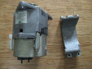 RRC8560 Land Rover 300 Tdi 24 volt alternator with bracket, New Genuine LR