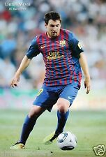 """LIONEL MESSI """"LOOKING AT BALL"""" FOOTBALL POSTER - FC Barcelona, Argentina, Soccer"""