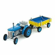 NEW CHILDRENS Wind Up Tin Toy Zetor Tractor With Trailer - Luca