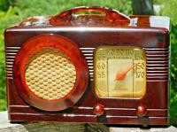 Vintage Motorola 1940 Circle Grill 50XC1 Catalin Bakelite AM Tube Radio.