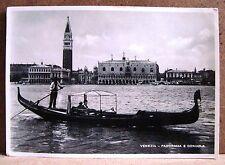 Venezia - panorama e gondola [grande, b/n, viaggiata]
