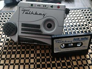 Working Tiger Electronics Deluxe Talkboy (Home Alone 2) Recorder w Cassette