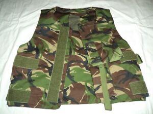 Bulletproof vest, England, with aramid and titanium plates