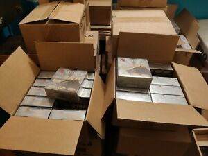 """Verbatim. NEW. Floppy disks 3.5""""  *Lot of 200 disks* 20 boxes cardboard. Sealed."""