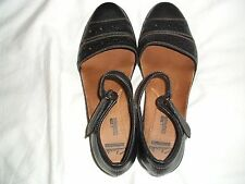 *CLARKS* black leather ankle strap mid heel shoes - UK 6 (Euro 39.5) VGC
