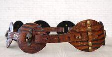 LOREE RODKIN en relieve de cuero marrón Calavera Cintura Cinturón de Cadera S Nuevo