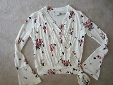 ABERCROMBIE & FITCH A&F WHITE FLORAL LONG SLEEVE V NECK TIE KNIT TOP XS XSMALL