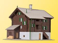 Kibri 36813 Z Gauge Farmouse in Matte # NEW ORIGINAL PACKAGING #