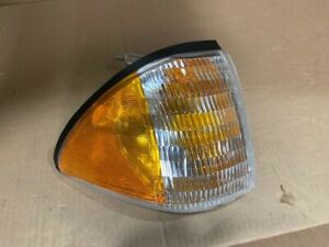 NOS 1987-1993 Ford Mustang Turn Signal E7ZZ15A201A