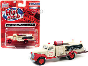 """1941-46 CHEVROLET FIRE TRUCK """"TOWNSHIP FD"""" CREAM 1/87 CLASSIC METAL WORKS 30598"""
