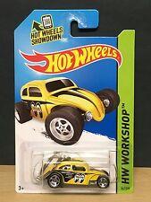Hot Wheels Mooneyes Custom Volkswagen Beetle Keyring Yellow 1:64