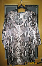 Marks And Spencers Animal Print Tunic Top Size 16 BNWT