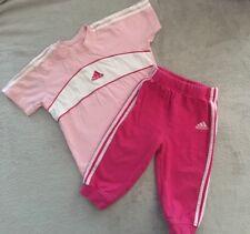 Adidas T-shirt rose et pantalon de jogging tenue 6-12 mois