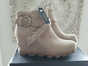 SOREL | Khaki Waterproof Suede US 9.5 M Joan Of Arctic Wedge II Buckle Boot Shoe