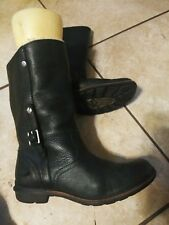 Ugg Leather Boots 8.5 different INSOLES.