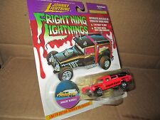 J L HAULIN HEARSE CADILLAC 97 JOHNNY LIGHTNING FRIGHTNING LIGHTNING  1:64 red