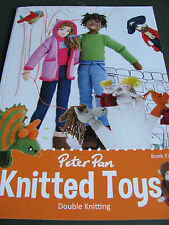 Peter Pan. Toy pattern book 374, designs to knit in double knit yarn