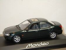 Ford Mondeo Saloon - Minichamps 1:43 in Box *35775