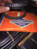 GENUINE Briggs & Stratton Vee Belt#67708.Rare!