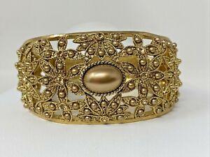 Vintage Goldtone Champagne Rhinestone Faux Pearl Flowers Hinged Clamper Bracelet