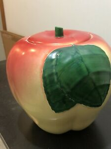 Hull Blushing Apple Peach Cookie Jar in Excellent Condition