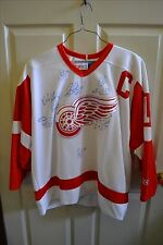 NHL Detroit Red Wings Autographed Jersey CCM OFFICIALLY LICENSED w/ 9 Signatures