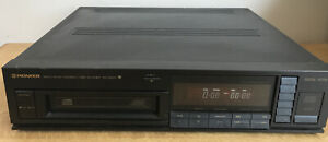 PIONEER MULTI-PLAY COMPACT DISC PLAYER MODEL NUMBER PD-Z81m FINISHED IN BLACK