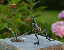 Bronzeskulptur, Frosch und Libelle im Schilf, Dekoration für Heim und Garten *
