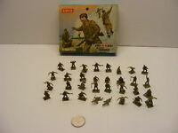 vintage mini toy soldiers COMMANDOS HO-00 Scale Airfix (partial set 32 parts)