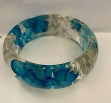 BLUE PRESSED FLOWER RESIN BANGLE  BRACELET