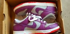 Nike Dunk Low / WOMEN'S SIZE 10