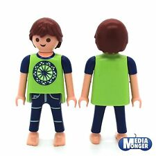 playmobil® Puppenhaus Citylife Figur: Junge im Schlafanzug | Pyjama grün | blau