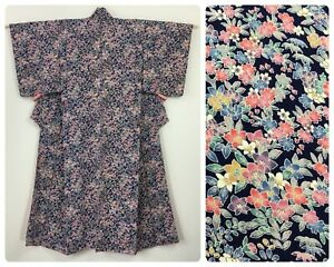 Japanese women's kimono, flowers, silk, small-medium, long, Japan import (H2993)