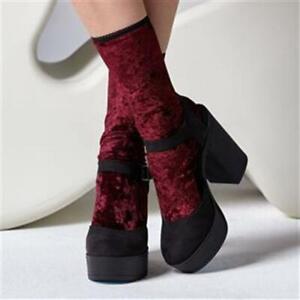 Gipsy Velvet Ankle Socks in Burgundy One Size fits UK 4-7