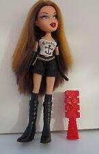 Bratz Doll-DANA-Doll OoH LA LA Paris Black Coth Dressed RARE Very Good Condition