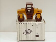 Vibromax 854 Roller - 1/35 - Conrad #2702 - N.MIB