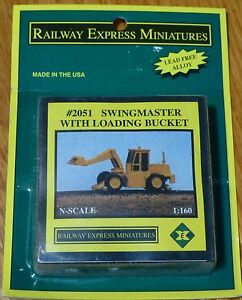 Railway Express Miniatures N #2051 MOW Vehicles -- Swingmaster with Loading Buck