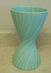 "Catalina Franciscan  GMB Gladding McBean Coronado Turquiose Swirl 9 1/2"" Vase"