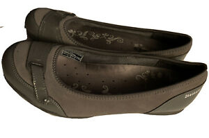 Womens SKECHERS gray leather with patent leather FLATS slip on SHOES Sz 10