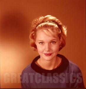 CAROL LYNLEY 1960s LOVELY 2 1/4 COLOR CAMERA TRANSPARENCY PETER BASCH
