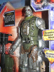 """TERMINATOR SALVATION 10"""" T-600  WITH GLOWING LED EYES ACTION FIGURE--NEW"""