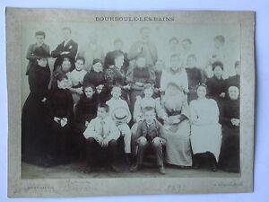 Bourboule les bains Photo ancienne de famille Costumes Auvergne Nusenblat 1872